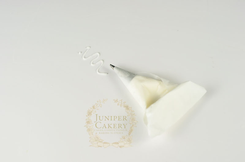 how to make a parchment  piping bag by Juniper Cakery