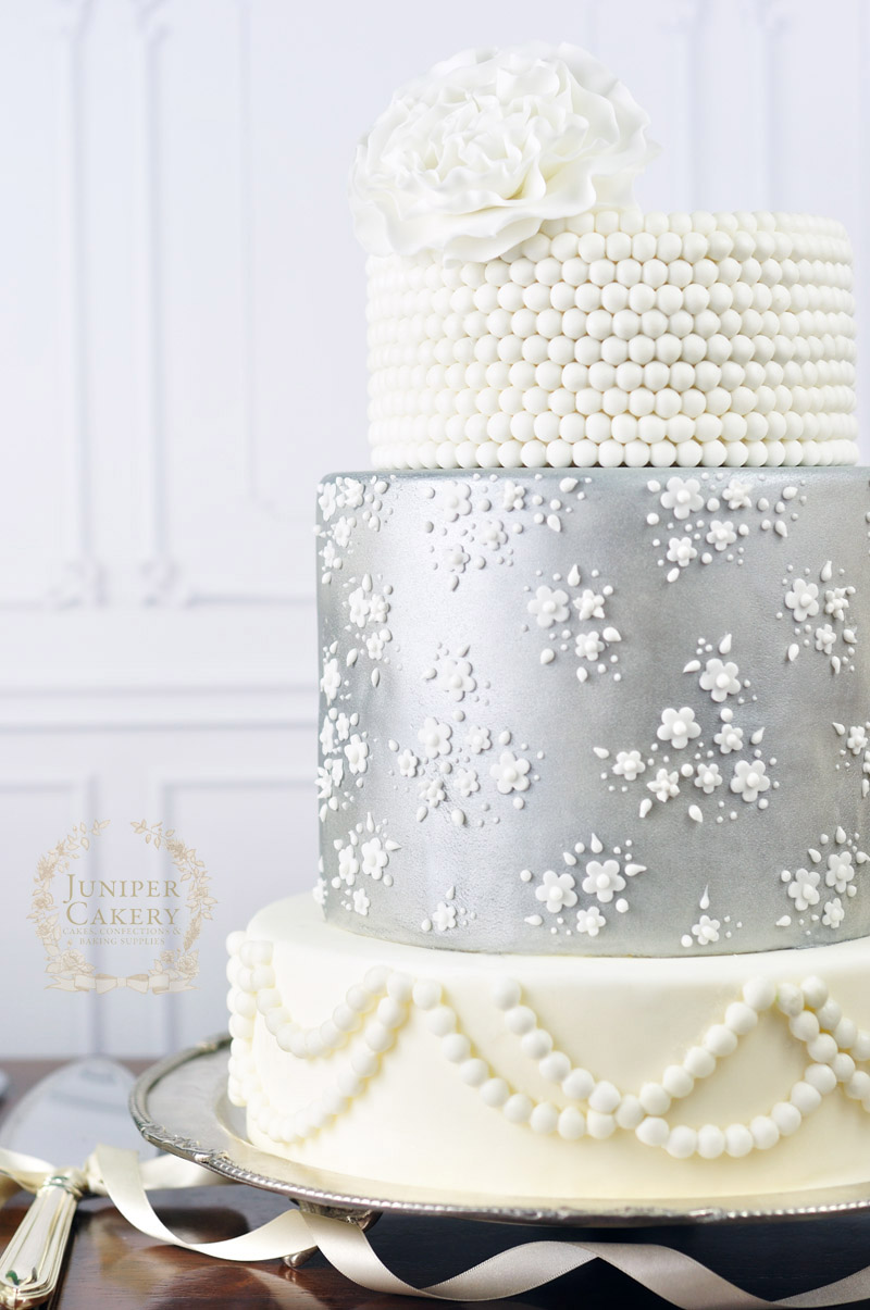 Vintage style lace wedding cake by Juniper Cakery