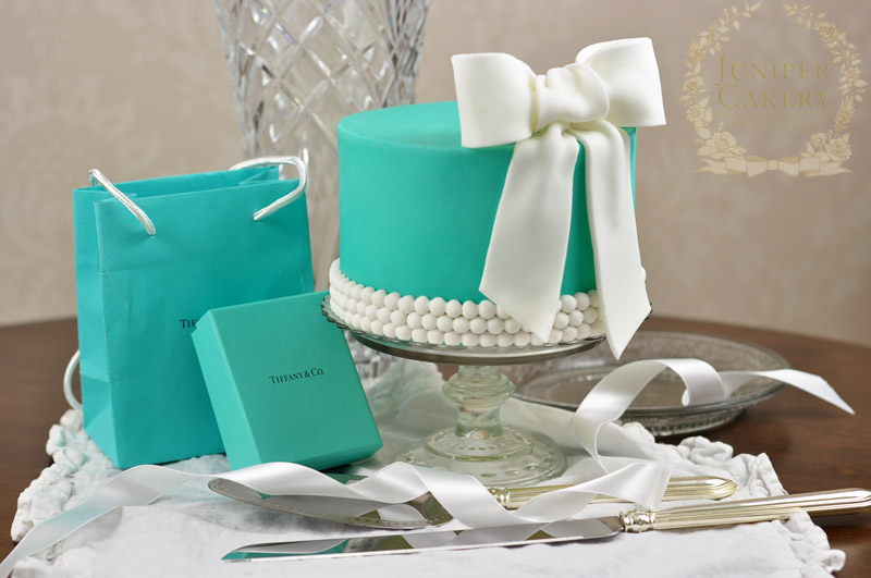 Here Comes The Blog: Breakfast At Tiffany's Bridal Shower  Tiffany Bridal Shower Cakes