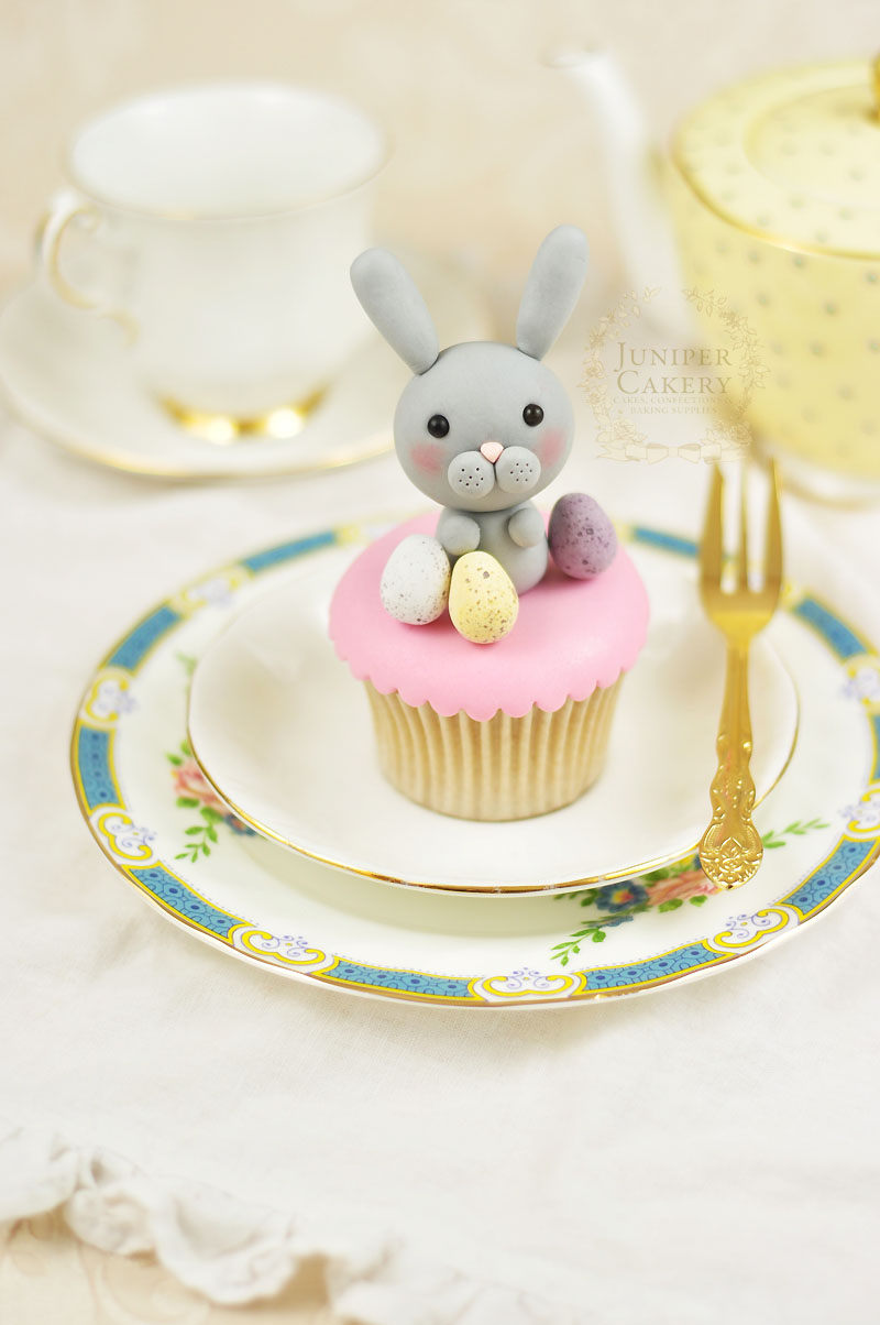 Easter Cake Decorations Pinterest : Hoppy Easter Cake Decorating: How To Make a Simple Yet ...