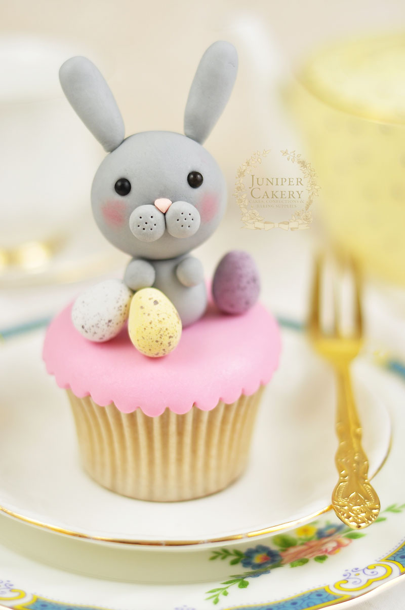 Hoppy Easter Cake Decorating: How To Make a Simple Yet ...